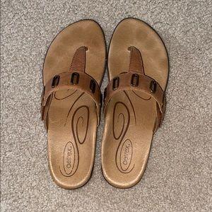 Aetrex T-strap sandals